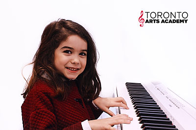 toronto piano lessons girl
